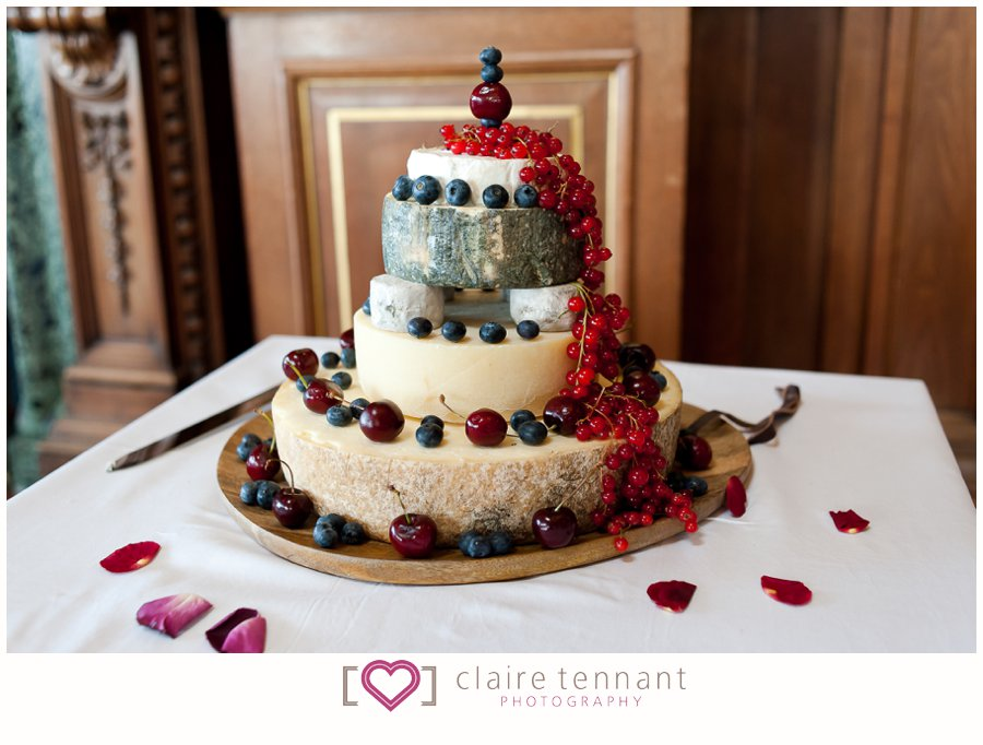 cheese wedding cake edinburgh beautiful wedding at edinburgh city chambers 12594