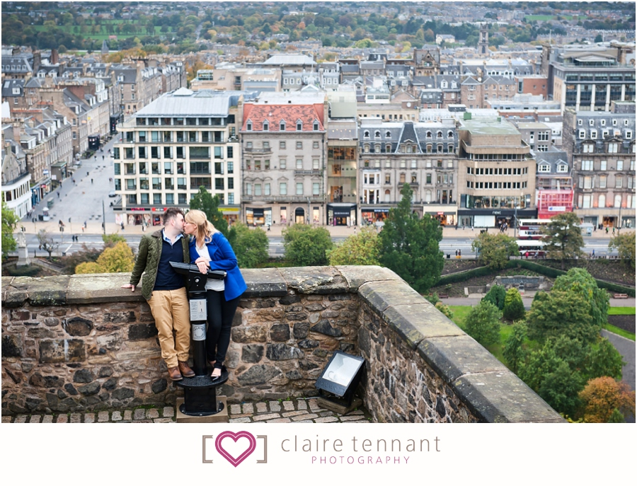 Edinburgh Castle Pre-Wedding Shoot