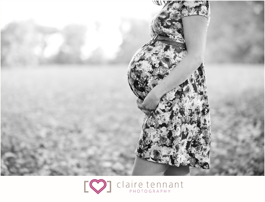 Edinburgh maternity photographer