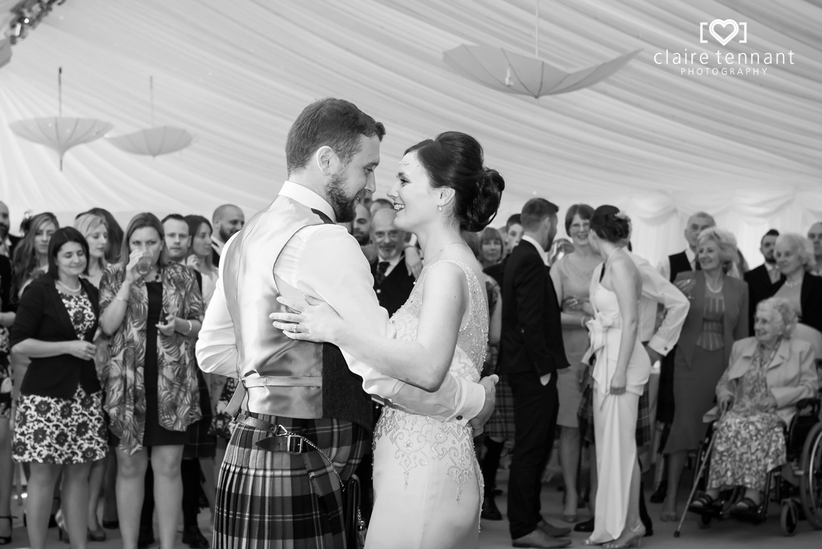 Broxbouth Park Wedding_0065