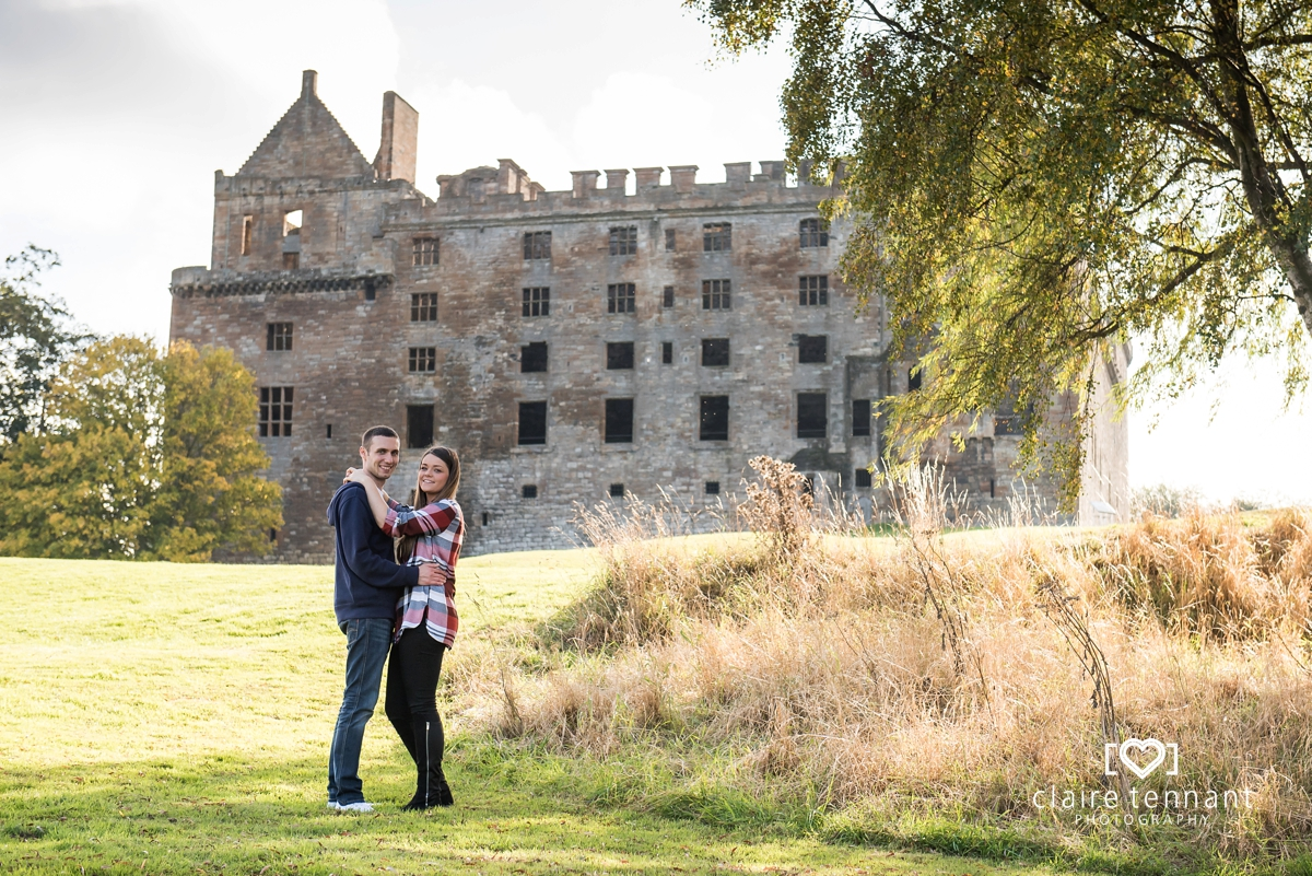 Linlithgow Palace Pre-Wedding Shoot