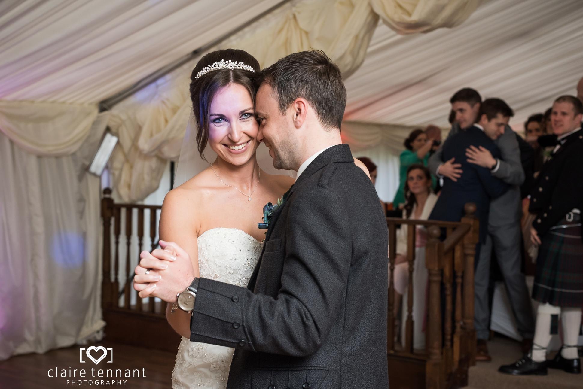 Sheildhill Castle Wedding_0031