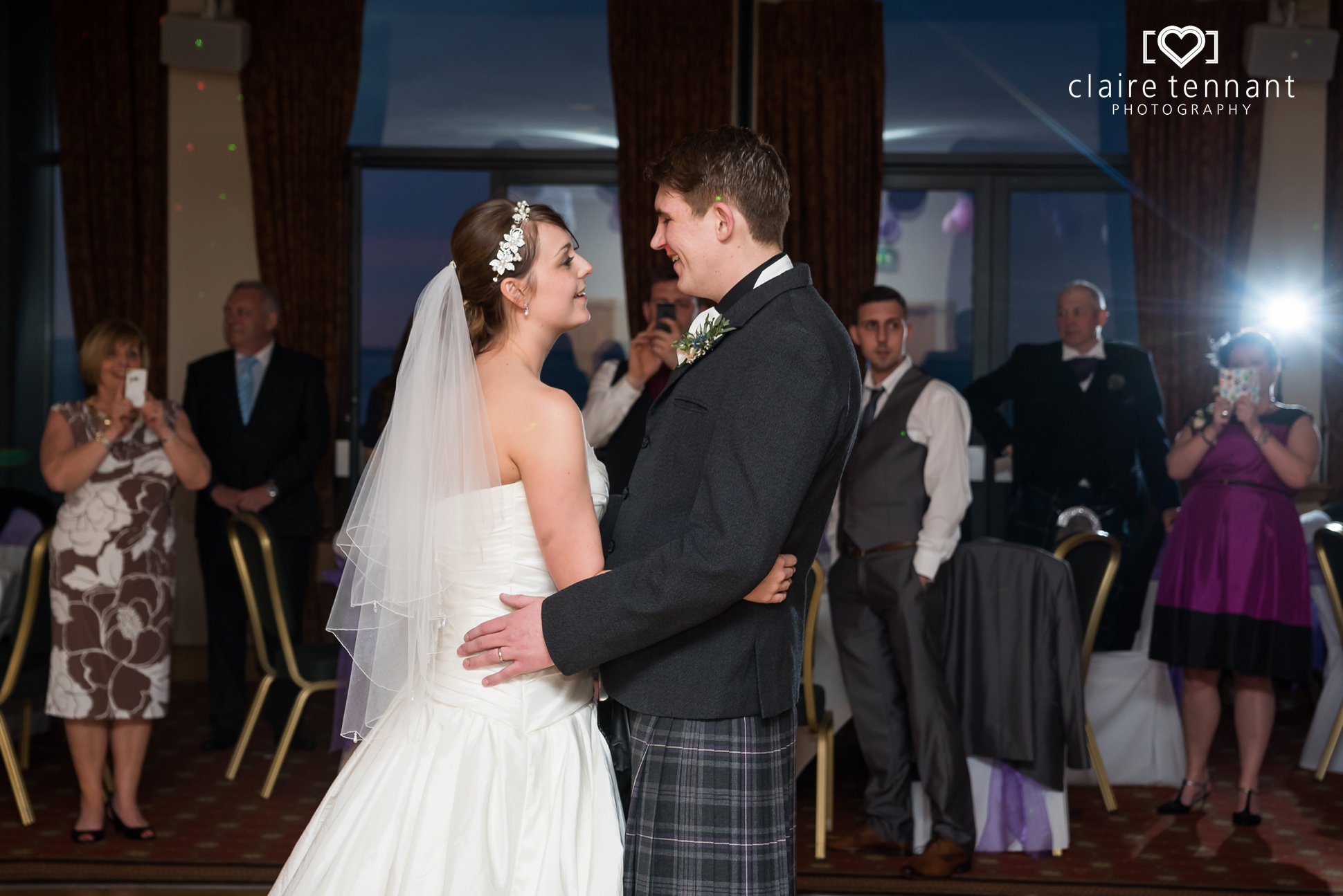 Macdonald Marine Hotel Wedding_0025