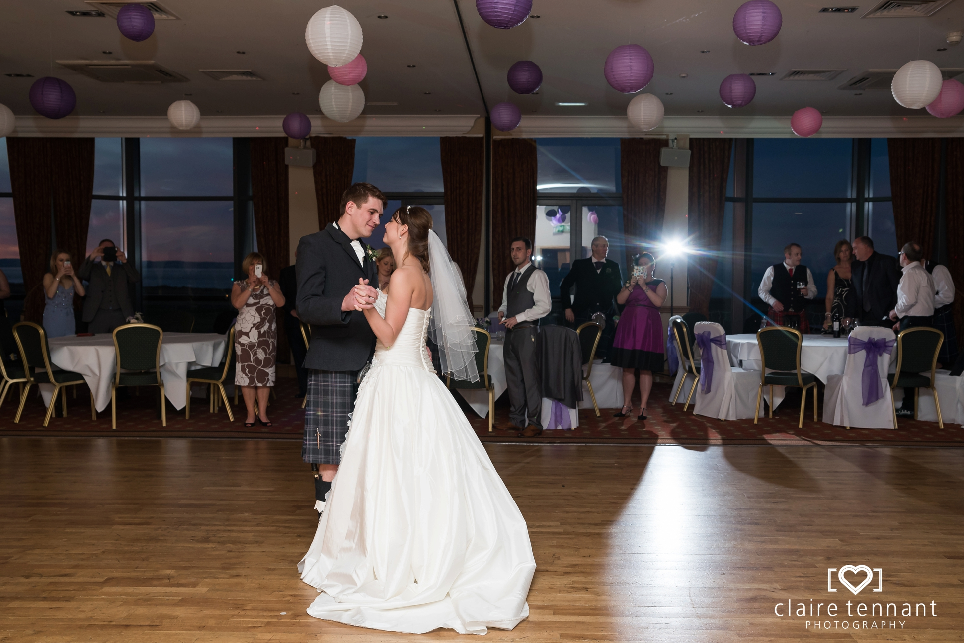 Macdonald Marine Hotel Wedding_0026