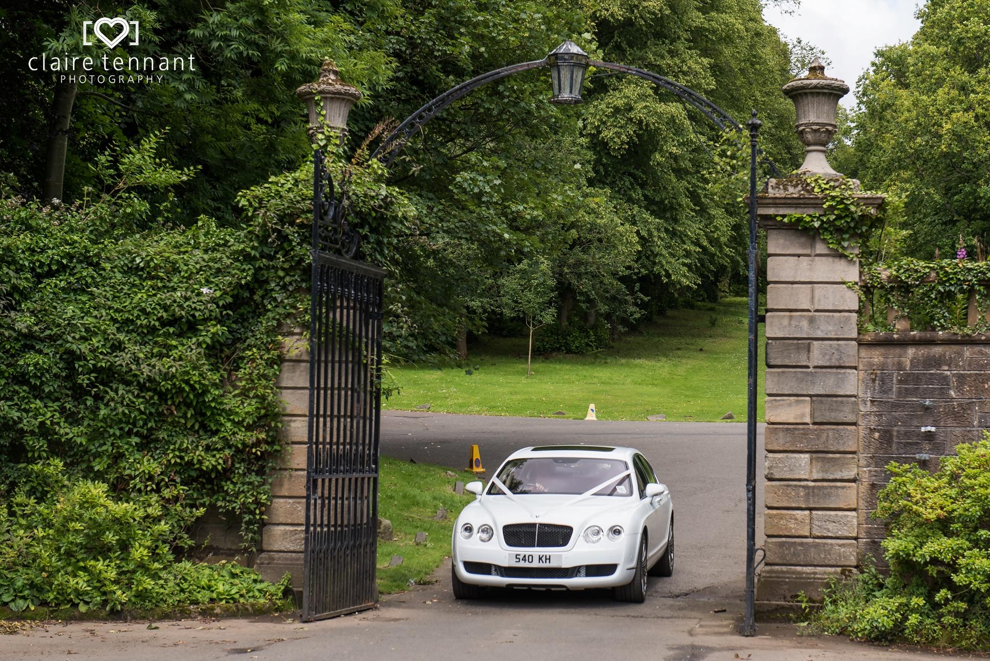 pollok house wedding arrivals