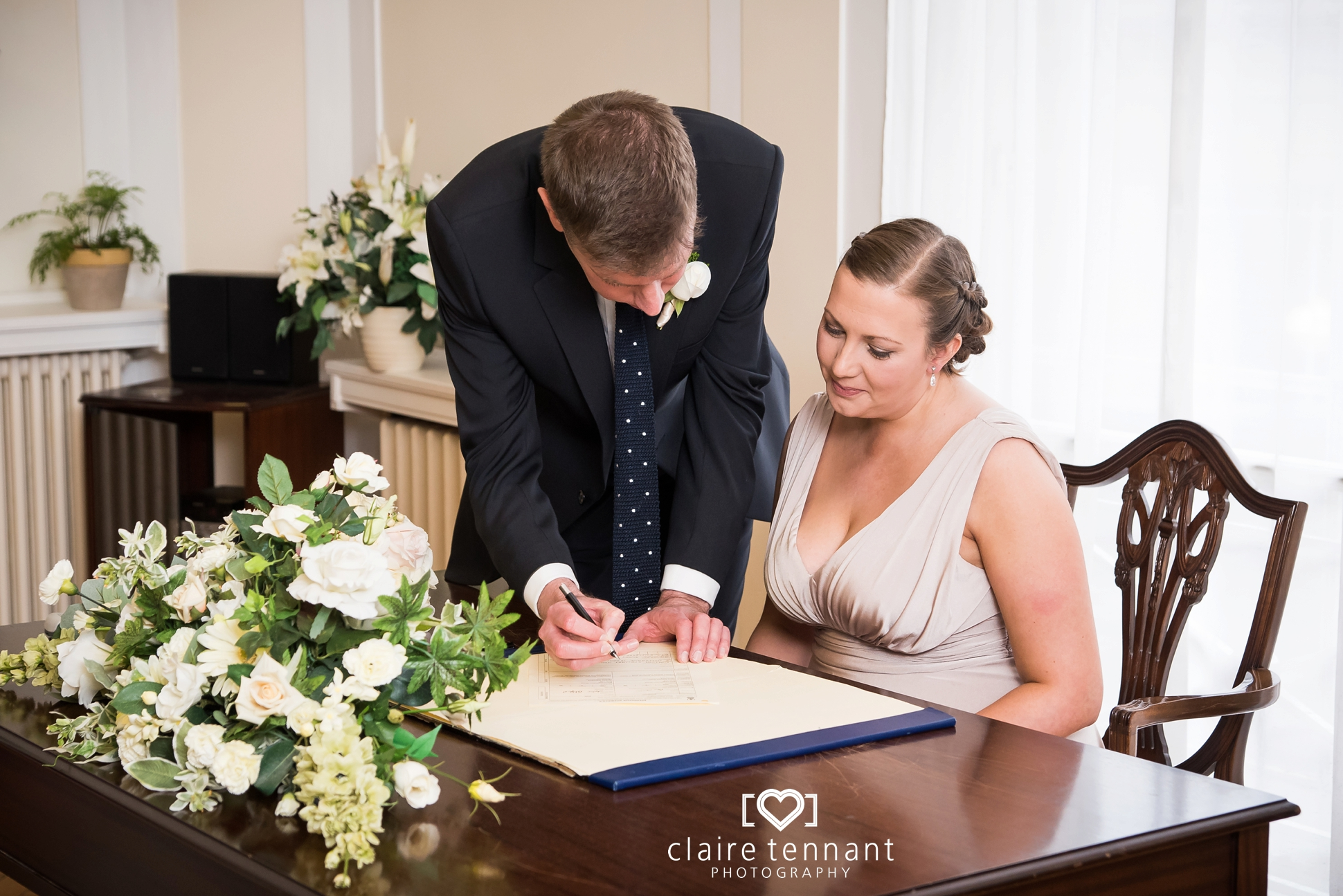 Leith Registry Office signing