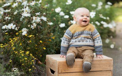 Autumn toddler photography session in Edinburgh
