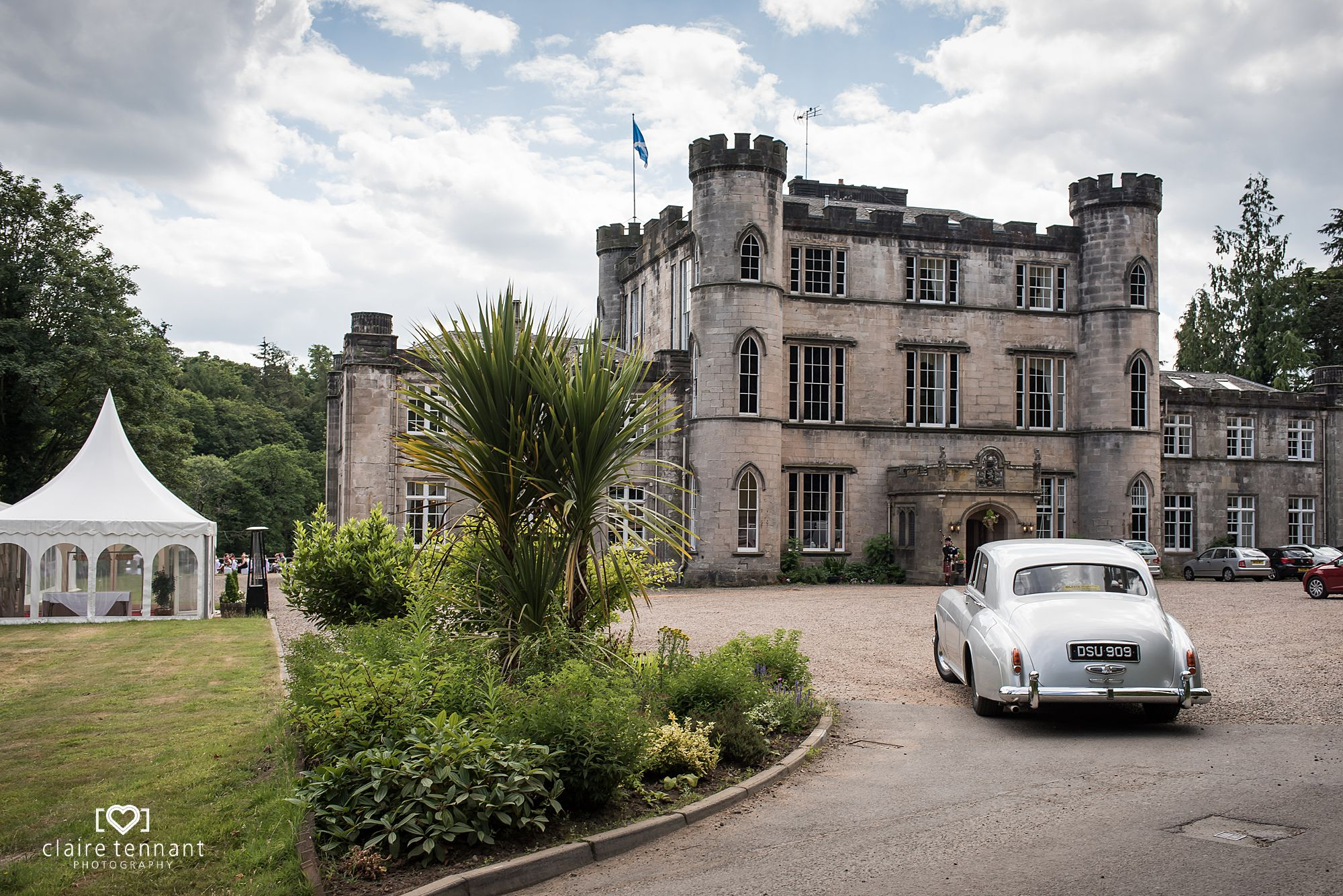 arrival of bride at Melville Castle