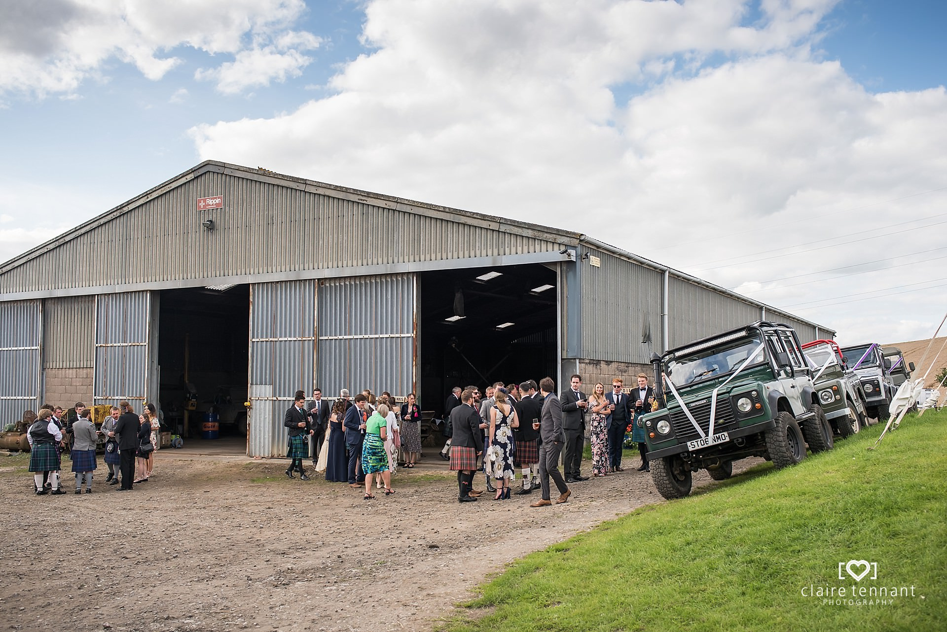 Relaxed Scottish farm wedding